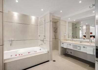 Baño Suite HNO Nuevo Ostende Hotel Mar del Plata