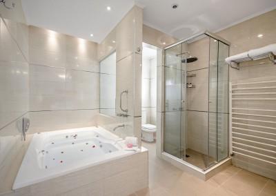 Baño Suite Nuevo Ostende Hotel Mar del Plata