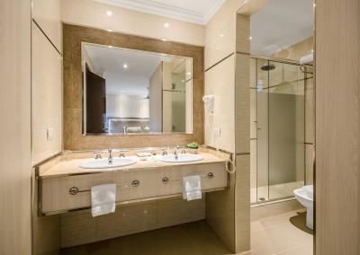 Baño Habitación Superior Nuevo Ostende Hotel Mar del Plata