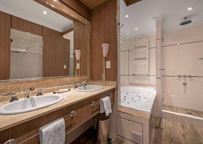 Baño Suite - Mar del Plata Hotel