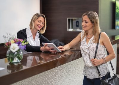 Recepción Nuevo Ostende Hotel Mar del Plata